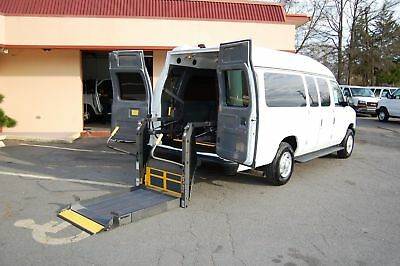 2008 Ford E-Series Van 3 Pos. LOW MILEAGE HANDIAP ACCESSIBLE WHEELCHAIR LIFT EQUIPPED VAN....UNIT# 2200FW