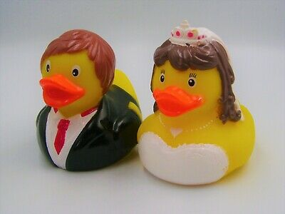 New 2 Large Floating Bath Rubber Wedding Duck Gift Bride & Groom Ducks Ootb
