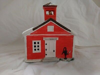 Dept 56 Red Schoolhouse 1986 New England Village