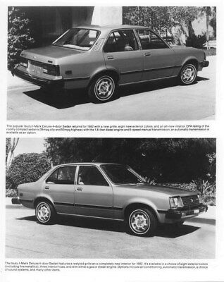 1982 Isuzu I Mark Deluxe 4 Door Sedan ORIGINAL Factory Photo oua0998