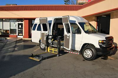 2014 Ford E-Series Van 4 Pos. VERY NICE MODEL HANDICAP ACCESSIBLE WHEELCHAIR LIFT EQUIPPED VAN..UNIT# 2192FT