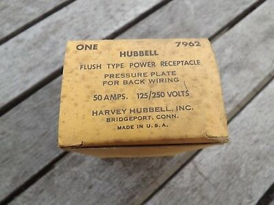 1 NEW OLD STOCK  HUBBELL 7962 FLUSH TYPE POWER OUTLET 50 A 125/250 Volts