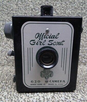 Official 1950's Girl Scout Camera 620 Bakelite