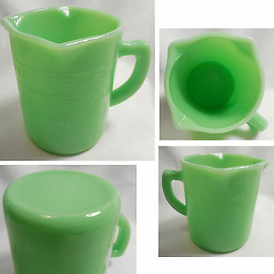 New Jadite Jadeite Green Glass 3 Pour Spout 1 Cup Measuring Cup Embossed