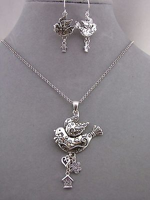Silver Decorated Bird Pendant Necklace Set Fashion Jewelry NEW