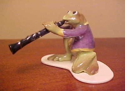 Hagen-Renaker Specialty Toadally Brass #3258 CLARINET PLAYER Ceramic Frog Figure