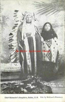 Native American Indians, Sioux Chief Rainwater's Daughters, Dallas, South Dakota