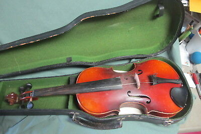 Copy of antonio stradivarius  made in Czech violin in Case
