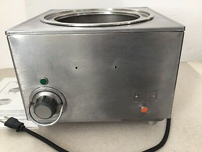 Wells Mfg Co HW-10 11 Qt. Countertop Cook and Hold Soup Food Sauce Chili Warmer