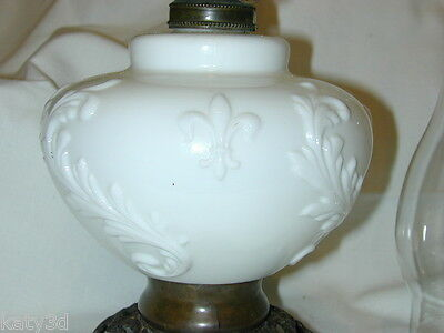 Fleur De Lis Milk Glass Oil Lamp EAPG VINTAGE White Flame Light Grand Rapids
