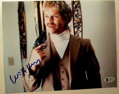 17 Leaf Pop Update William H Macy Autographed 8x10 Color