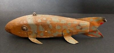 "Antique Or Vintage Hand Made Carved Wood Fish Decoy Lure Or Folk Art 6 1/4"" Long"
