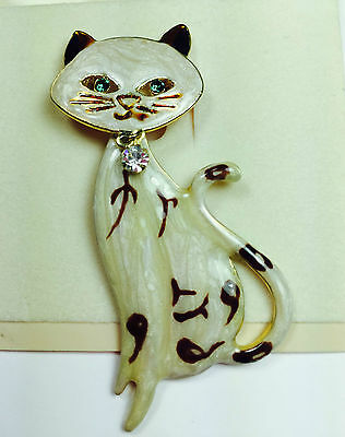 SIAMESE CAT PIN Painted Enamel Gold Plated Rhinestone Body Swings Carded NEW