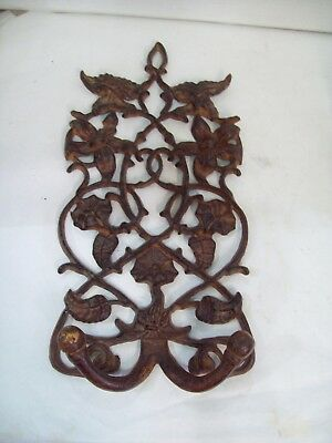 Cast Iron Wall Grate with Coat Hooks, Home Decor, Free Shipping Z6