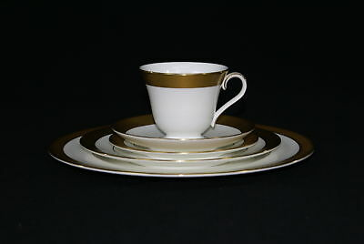 Waterford Kells Gold 5 Piece Place Setting (500)