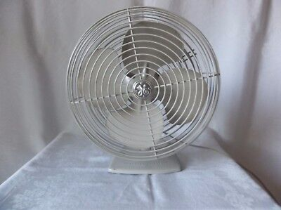 Vintage  GE General Electric Oscillating Desk/Table Wall Mount Fan All Metal