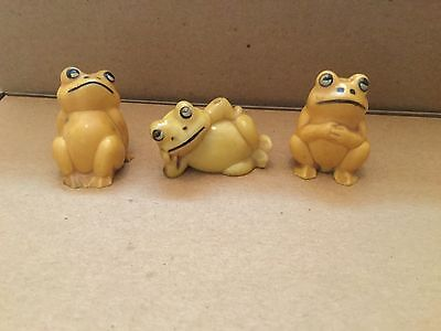 Three Vintage Mini Plastic Frog Figurines Made in Hong Kong