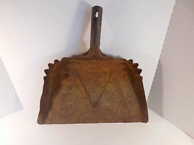 Vintage Large Heavy Gauge Metal Rusty Dust Pan, 17 by 17 Inches
