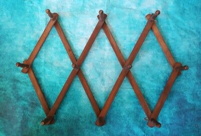 Vintage Wooden Pegs Accordion Wall Hooks Coat Rack Cottage Rack Expandable Wood