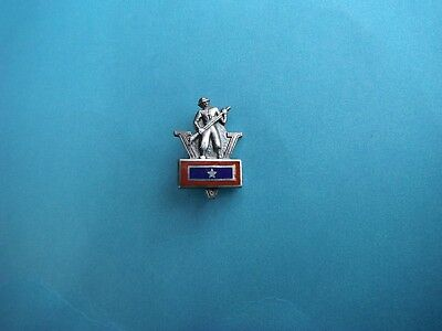 WWII home front sterling son in service pin with soldier and V for victory