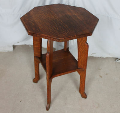 Antique Quarter Sawn Oak Pedestal Stand – Octagonal shaped top small table