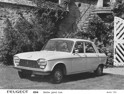1972 Peugeot 204 Grand Luxe Sedan ORIGINAL Factory Photo oua1629