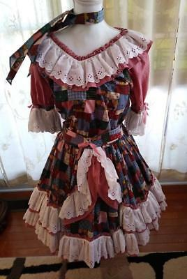 """2 Piece Square Dance Outfit & Tie Poly/Cotton """"I LOVE TO QUILT"""" Fabric Small"""