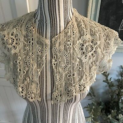 Stunning Antique Point de Gaze Brussels Needle Lace  Flat Scalloped Collar As Is