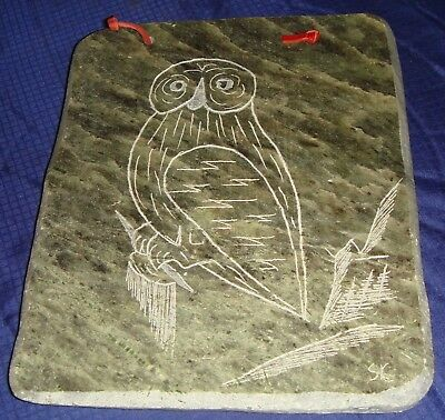 "BG421 Vtg Snowy Owl Soapstone Etching Wall Plaque Signed By Dimu 6"" x 5"""