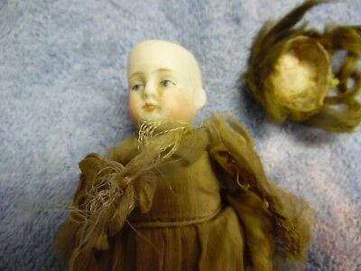 Antique Porcelain / Bisque doll / 720 / 2 1/2 / German ?