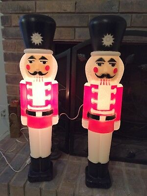 """Pair of Vintage Large 30"""" Light Up Nutcracker Toy Soldiers/Nutcrackers From 1991"""