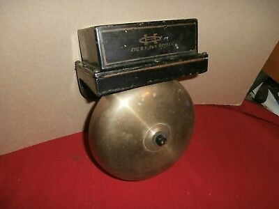 Antique Brass & Heavy Cast Iron Wall Mount Fire House Station Alarm ? Bell