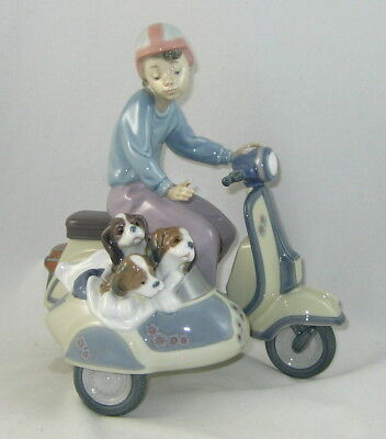"Lladro Figurine 5794 ""PRECIOUS CARGO"" Issued 1991 / Retired 1994"
