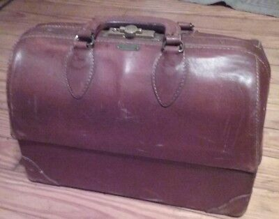 SHIPS FREE Vintage Emdee by Schell Brown Leather Double Clutch Doctor Bag