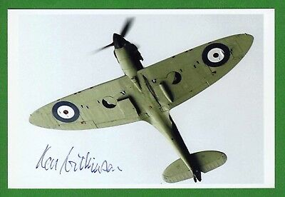 Ken Wilkinson WWII RAF Spitfire Pilot, Battle of Britain Signed 4x6 Photo E17073