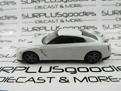 GREENLIGHT 1/64 LOOSE Collectible White Pearl 2014 NISSAN GT-R R35 Diorama Car