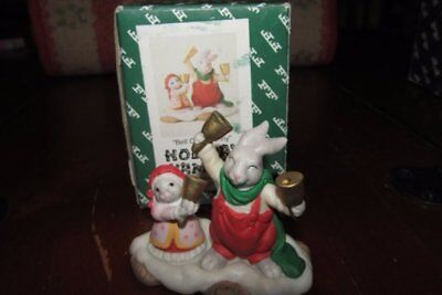 Discontinued Fitz & Floyd Enchanted Forest Bell Choir Bunny'Holiday Hamlet w/box