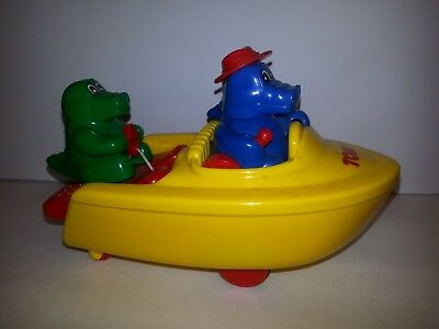 Vintage Tomy Bath Toys Ski Boat Alligator Crocodile Quilted Northern Can't Unsee