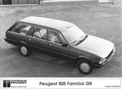 1985 Peugeot 505 GR Family Station Wagon ORIGINAL Factory Photo oua1913