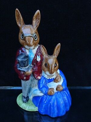 "Royal Doulton Bunnykins ""family Photograph"" Figurine ~ Db 1"