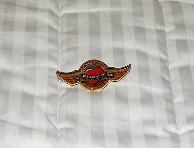 Southwest Airlines 30 Years Of Luv Wings Collectors Pin Boeing 737