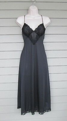 Vintage Vanity Fair Womens Lovely Sheer Nylon Lace Bodice Nightgown  M