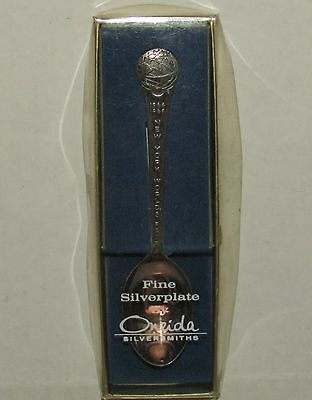 1964-1965 New York Worlds Fair Collector Spoon - Fine Silverplate by Oneida