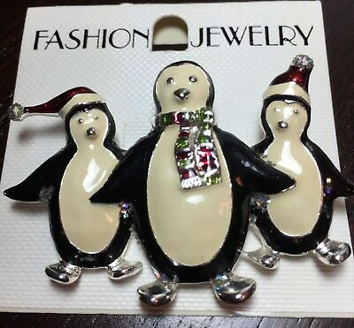 PENGUINS PIN Winter Sparkles Painted Enamel Carded NEW