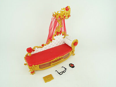 Astonishing Ever After High Doll Apple White Fainting Couch Sofa Bed Machost Co Dining Chair Design Ideas Machostcouk
