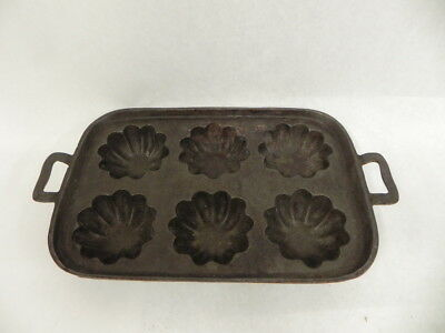 Antique Cast Iron Kitchen Tool Cookware Baking Tart Muffin Pastry Pan
