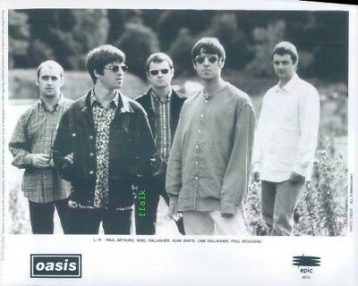 Press Photo: OASIS 8x10 B&W 1998