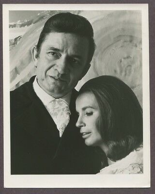 Johnny Cash & June Carter 1969 Original Vintage Portrait Photo J5927