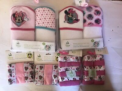 Disney Minnie  Hooded Towels  NEW