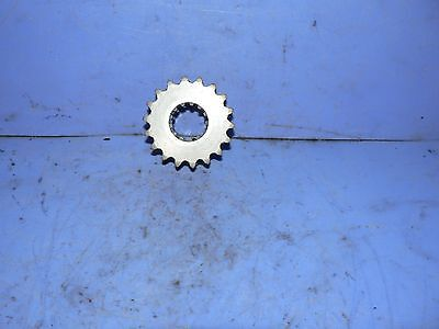 Yamaha CHAIN CASE TOP TRIPLE ROW GEAR 18 TEETH SPROCKET SRV 81 TO 87 and other
